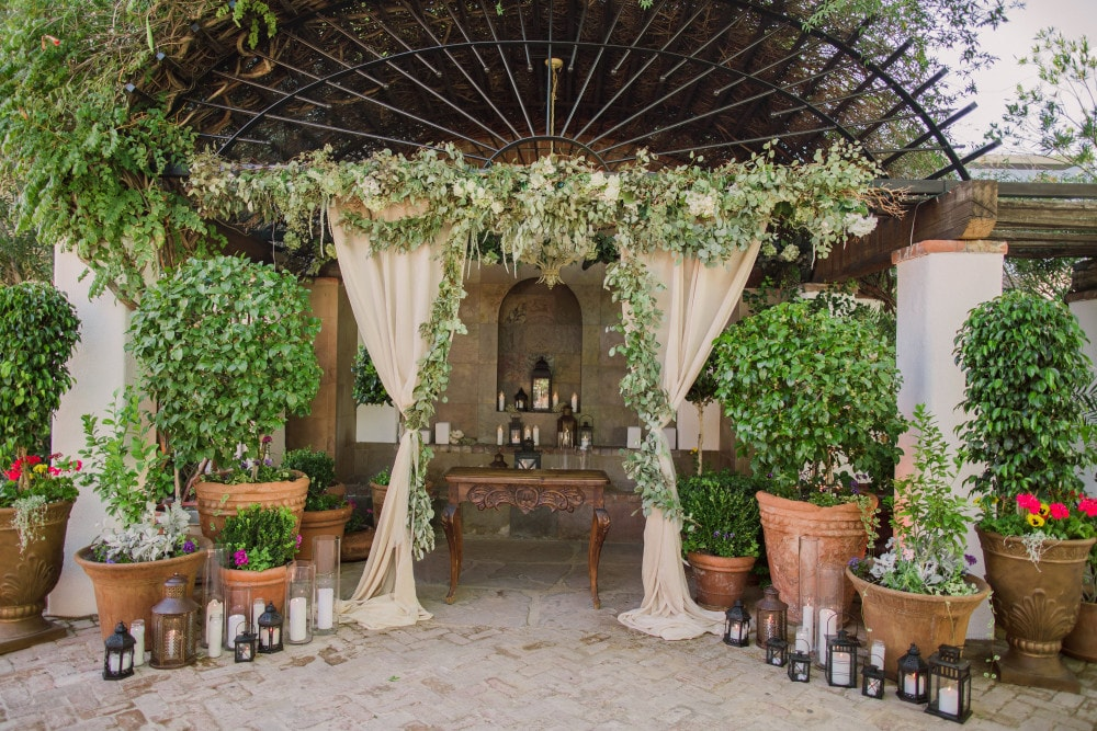 Stillwell House Wedding Ceremony by Crain and Co Events. Tucson, Arizona Wedding Planner.