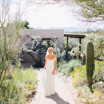 Megan + Aaron – Hacienda Del Sol Guest Ranch Resort Wedding